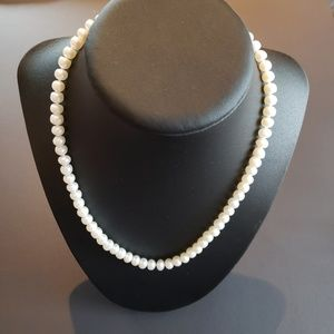 NWOT Fresh Water Pearl Necklace